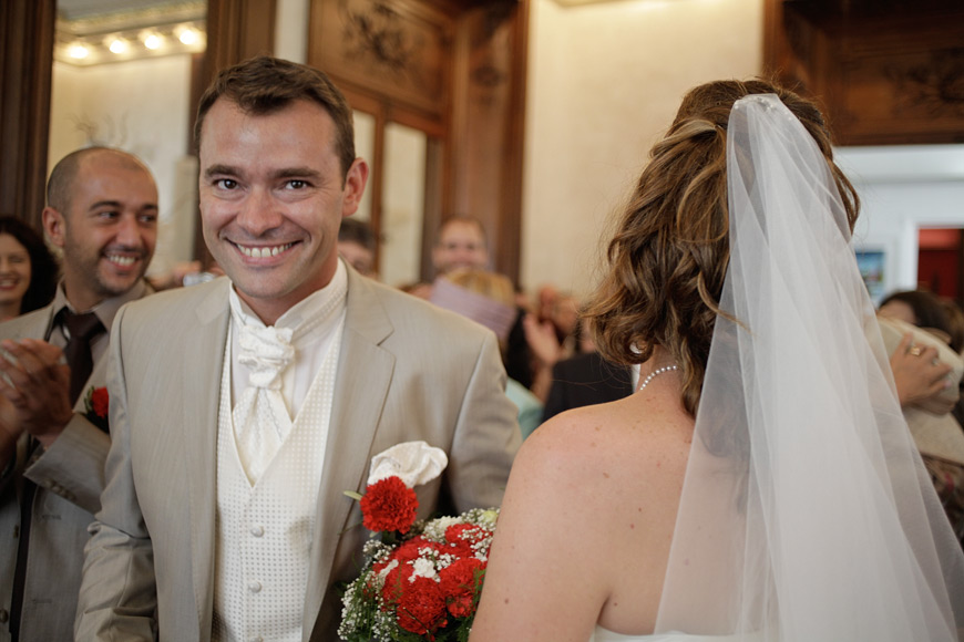 Le marié à la mairie