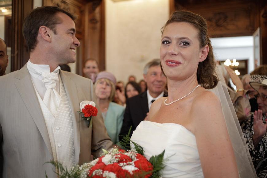 La mariée à la mairie de Marseille